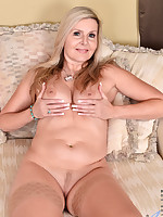 Anilos - Back For More featuring Velvet Skye. (Photos)