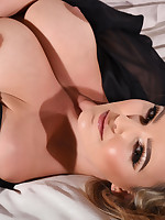 Jodie Gasson British Model Nude - JODIE GASSON TEASING ON THE BED IN RED LINGERIE