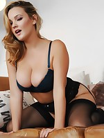 Jodie Gasson UK Model Nude - Jodie Holly Gasson Sun Page 3