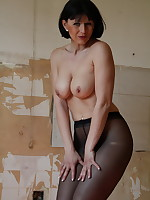 Even in abandoned places | PantyhoseDiva.com
